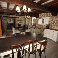 Casa de al Lado- Comedor y Salon